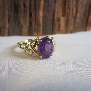 Vintage 10K Amethyst Solitaire Ring